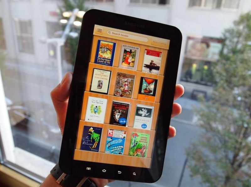 samsung galaxy tab disponible le 25 novembre chez orange. Black Bedroom Furniture Sets. Home Design Ideas