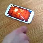 Samsung Galaxy S3 – Il joue à Fruit Ninja avec un vrai couteau !