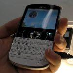 Acer beTouch E130 – Android sur un look très Blackberry