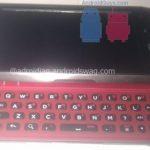 Des photos du prochain terminal avec clavier physique de HTC