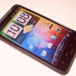Un clone du HTC Desire HD dual boot Windows Mobile et Android