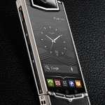 Vertu Ti, ou le luxe d'un smartphone Android à 8000 euros