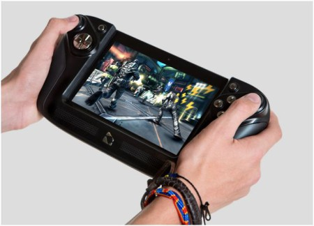 Wikipad_7_with_controller-450x324