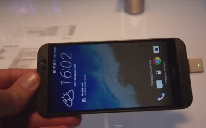 MWC2015 Prise en main HTC One M9   YouTube